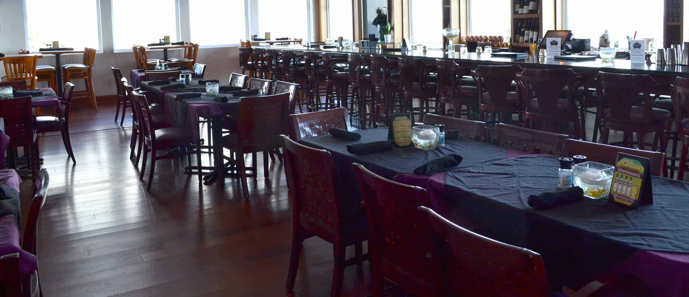 Island View Restaurant seating