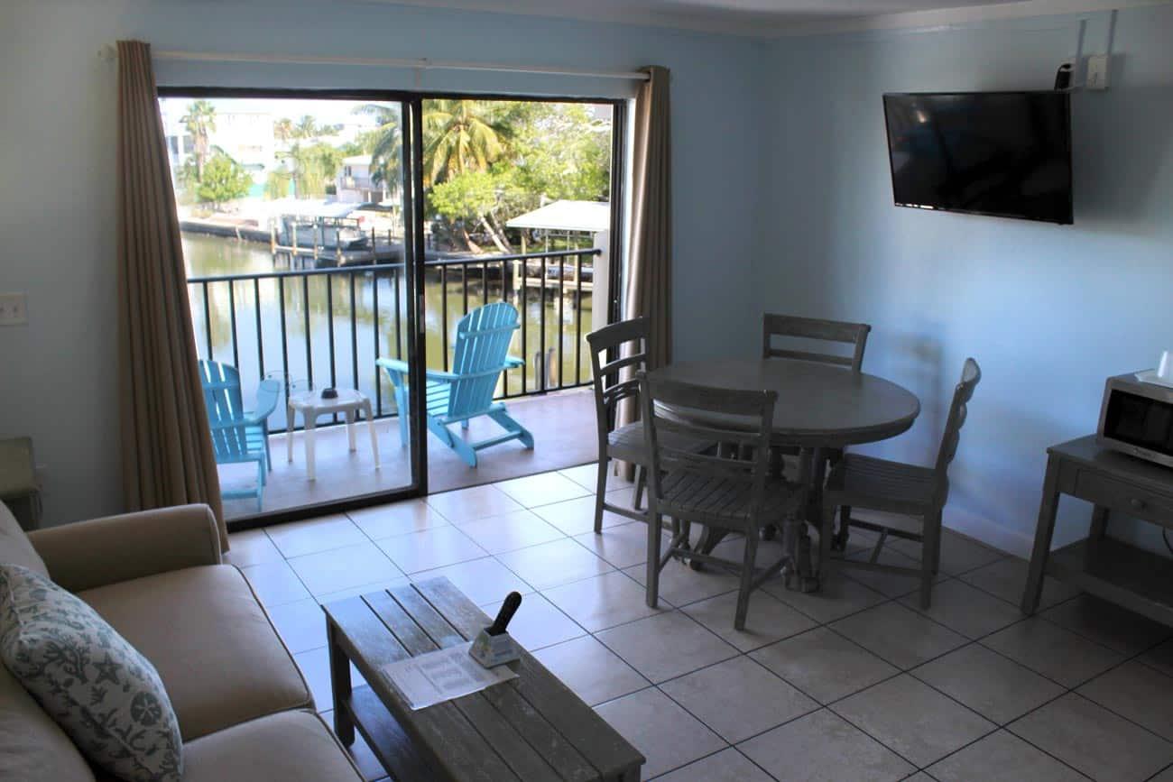 Bay Inn Deluxe Two Bedroom Suite